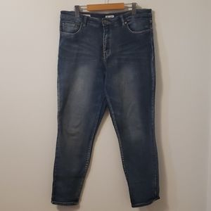 Blue Jeans - Real Pockets